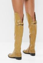Plum - Over the knee flat boot - tan
