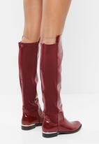 Miss Black - Eisley boot - red