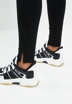 Superbalist - Premium stretch mid rise tregging - black