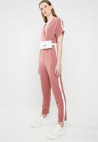 STYLE REPUBLIC - Contrast stripe jumpsuit - pink & white