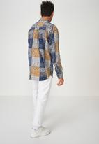 Cotton On - Long sleeve printed flannel shirt - multi