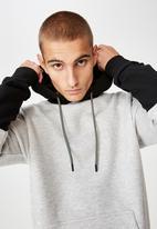 Cotton On - Drop shoulder - grey & black