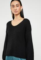 ONLY - Hilde v neck pullover knit - black