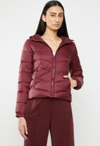 ONLY - North quilted panel hooded jacket - red
