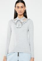 ONLY - Mojo long sleeve ruffle tie blouse - grey