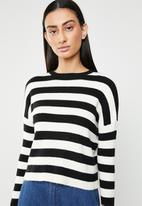 ONLY - Gwen long sleeve pullover knit - black & neutral