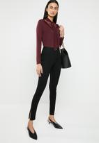ONLY - Mojo long sleeve ruffle tie blouse - burgundy