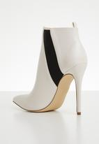 Madison® - Ankle boot - white