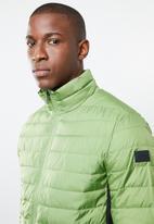 Jack & Jones - Chicago puffer jacket - green