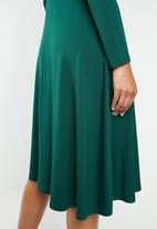 Superbalist - Midi fit & flare dress - green