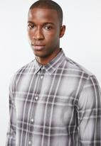 STYLE REPUBLIC - Button-up long sleeve check shirt - grey