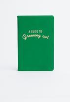 Typo - Premium gardening out activity journal - green & gold