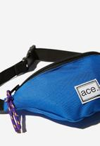 Cotton On - Fashion sling bag - blue