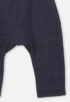 Cotton On - Rory quilted trackpant - navy