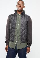 STYLE REPUBLIC - Quilted front zip jacket - brown