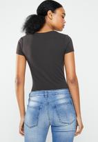 GUESS - Short sleeve enjoy L.A tee - black