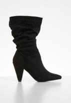 Miss Black - Ruched slip on boot - black