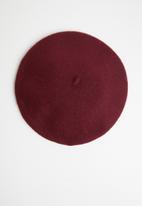 Superbalist - Maggie eyelet beret - burgundy