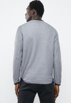 Under Armour - Move light graphic crew sweater - grey