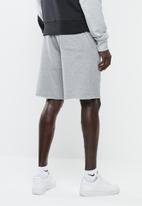 Nike - Nsw gx franchise shorts - grey