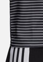 adidas Originals - 3 stripes tee - black & white