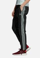 adidas Originals - Track pants - black & mint
