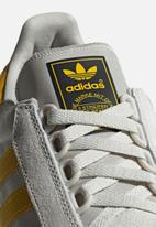 adidas Originals - Forest Grove - raw white/bold gold/crystal white