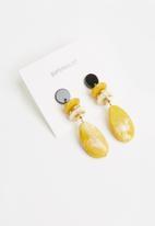 Superbalist - Zoe drop earrings - multi