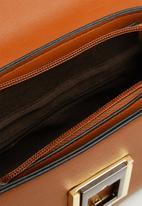 Superbalist - Alexa clutch bag - tan