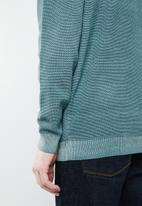Superbalist - Regular fit pique crew neck knit - blue