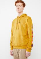 Superbalist - Printed hoodie pullover sweat - yellow