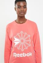 Reebok Classic - Classic French terry big logo crew sweatshirt - pink