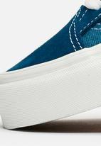 5432da0e3db761 UA Style 36 - (Vintage Sport) sailor blue blanc de blanc Vans ...