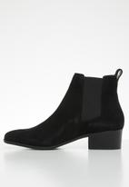 Steve Madden - Dover faux suede chelsea boot - black