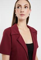 edit - Short sleeve blazer - burgundy
