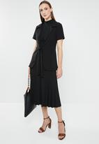 edit - Short sleeve blazer - black