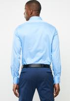 POLO - Custom fit greig shirt - blue