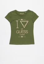 GUESS - Short sleeve tri fall off guess tee - olive