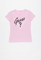 GUESS - Teens short sleeve raglan guess tee - pink