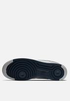 Nike - Nike Air Force 1 '07 1 - wolf grey / obsidian / wolf grey