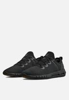 Under Armour - UA HOVR Slk Ln - black