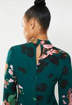 Revenge - Long sleeve floral mandarin collar midi - multi