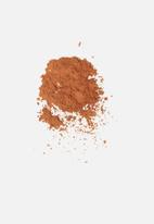 Stila - In the buff powder spray - medium / deep
