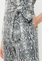 Superbalist - Printed wrap jumpsuit -  grey & black