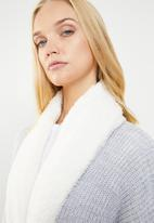Superbalist - Knit robe with soft collar - grey