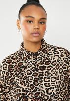Superbalist - Longline shirt dress - brown & black