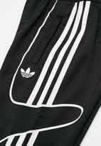 adidas Originals - Flamestrike tracksuit - black & white