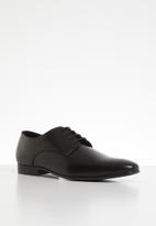 Superbalist - Brandon leather formal shoe - black