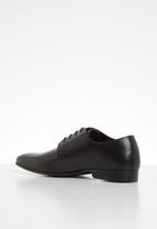 Superbalist - Brandon leather formal shoe - black