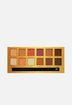 W7 Cosmetics - Life's a peach eye shadow palette